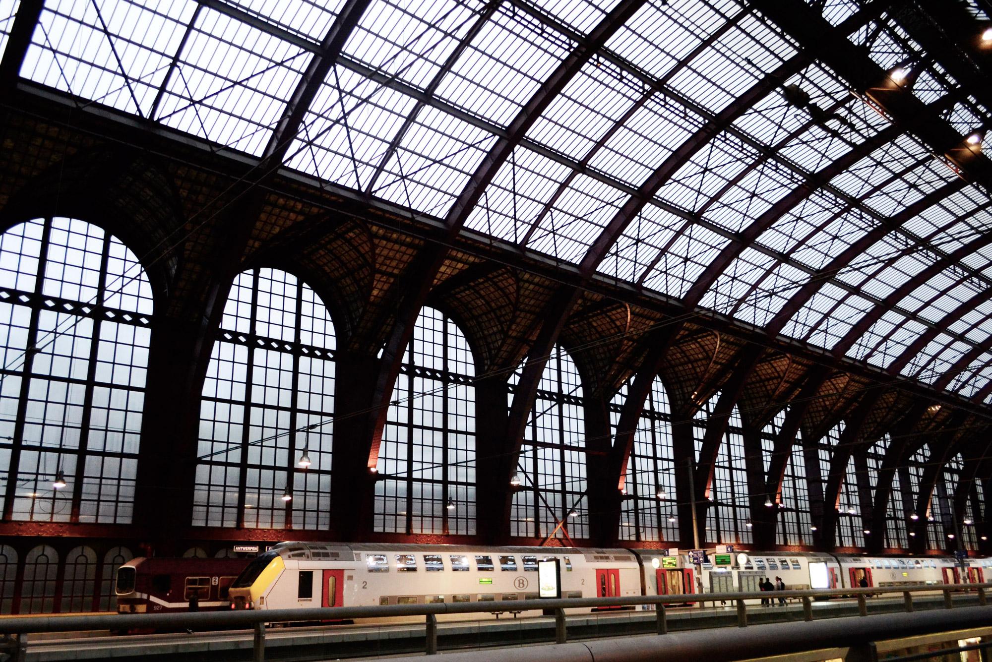 urbanbacklog-antwerp-central-station-7.jpg