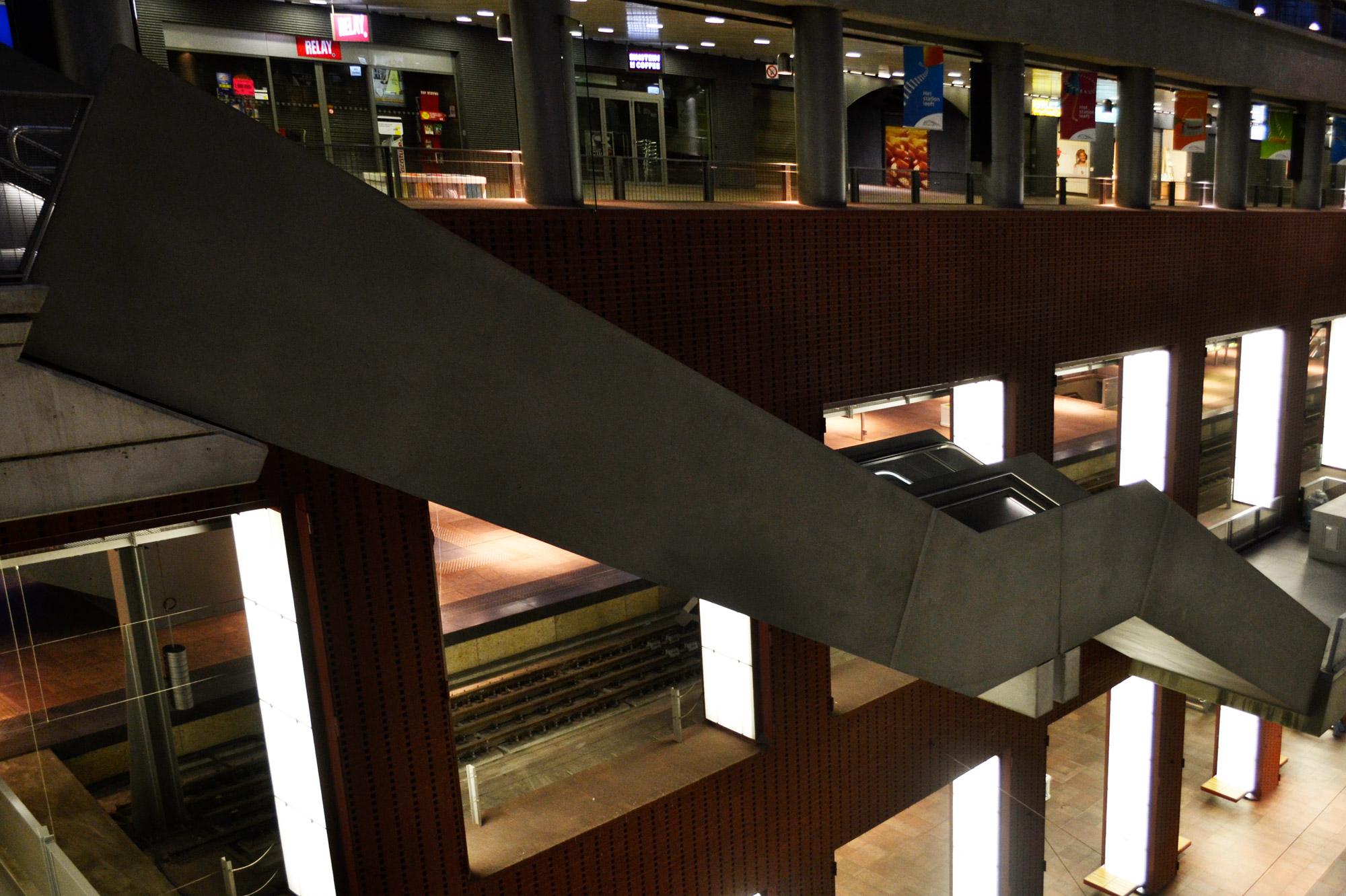 urbanbacklog-antwerp-central-station-9.jpg