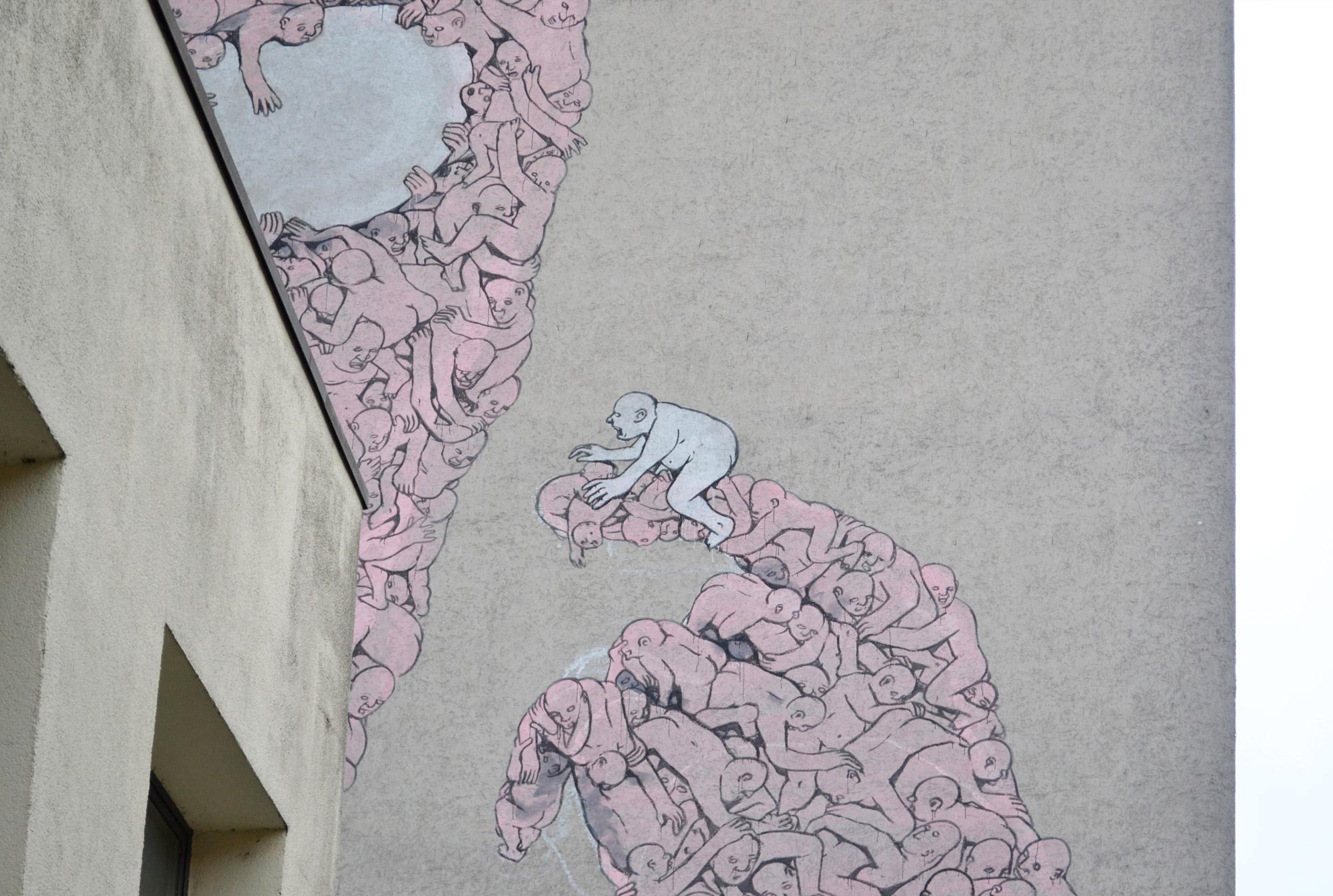 urbanbacklog-berlin-blu-pink-man-3.jpg