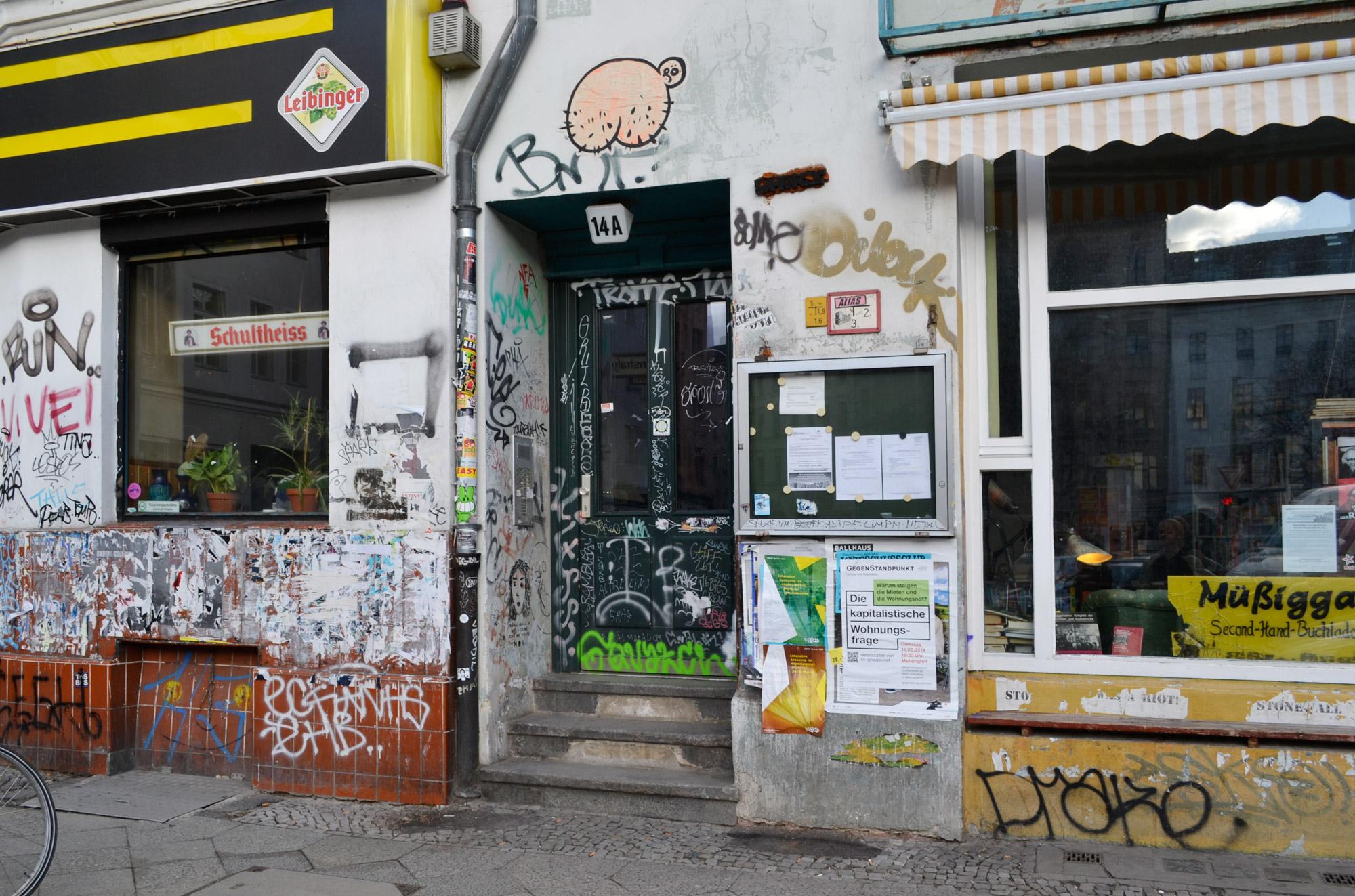 urbanbacklog-berlin-halfway-graffiti-2.jpg