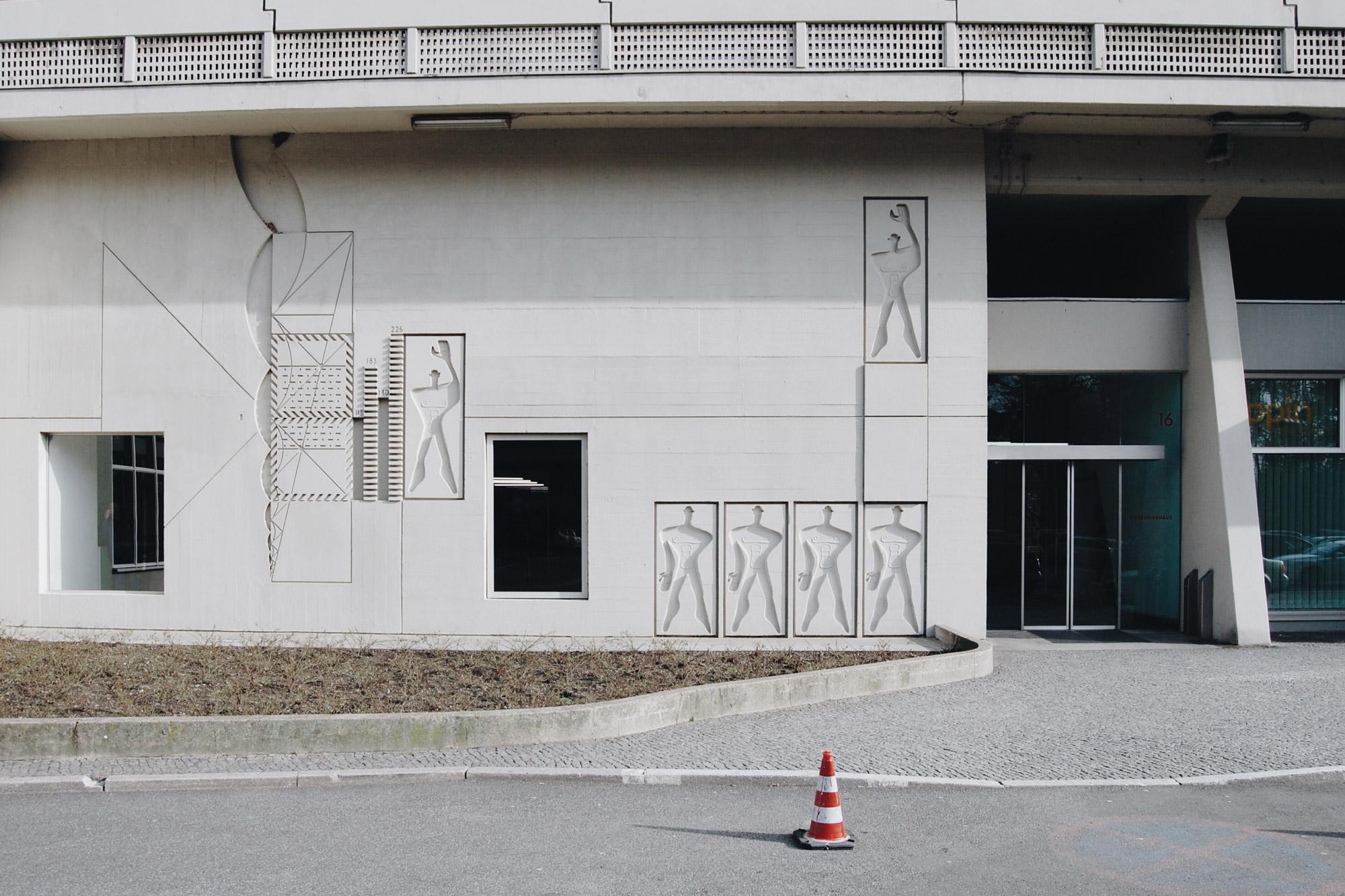 urbanbacklog-berlin-le-corbusier-unite-d-habitation-10.jpg