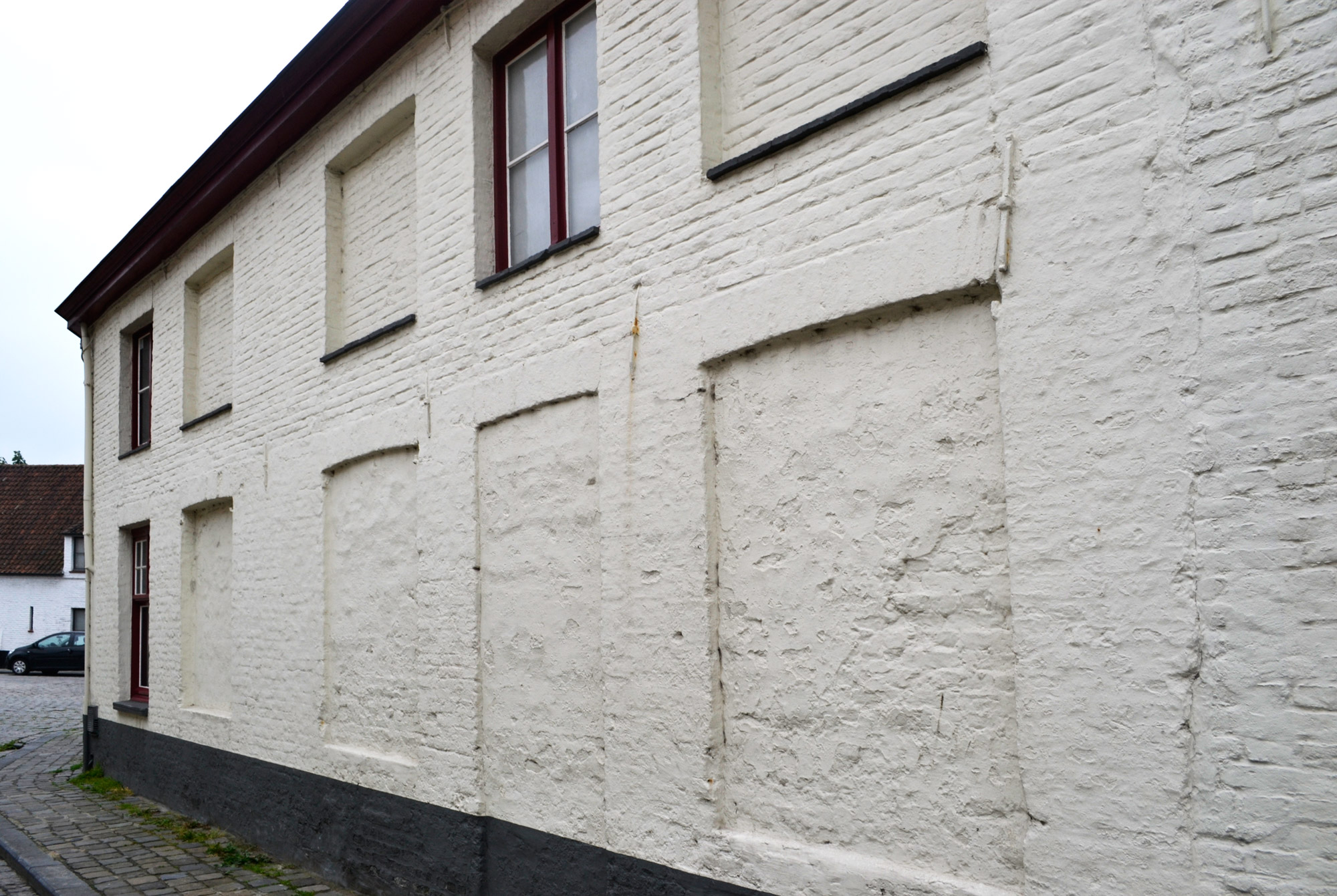 urbanbacklog-bruges-window-gaps-1.jpg