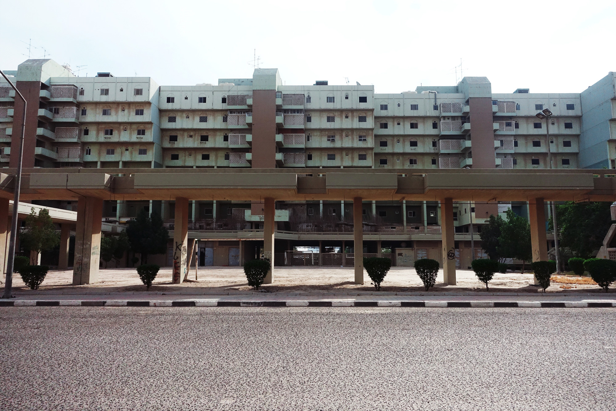 urbanbacklog-kuwait-dhari-al-muawed-7.jpg