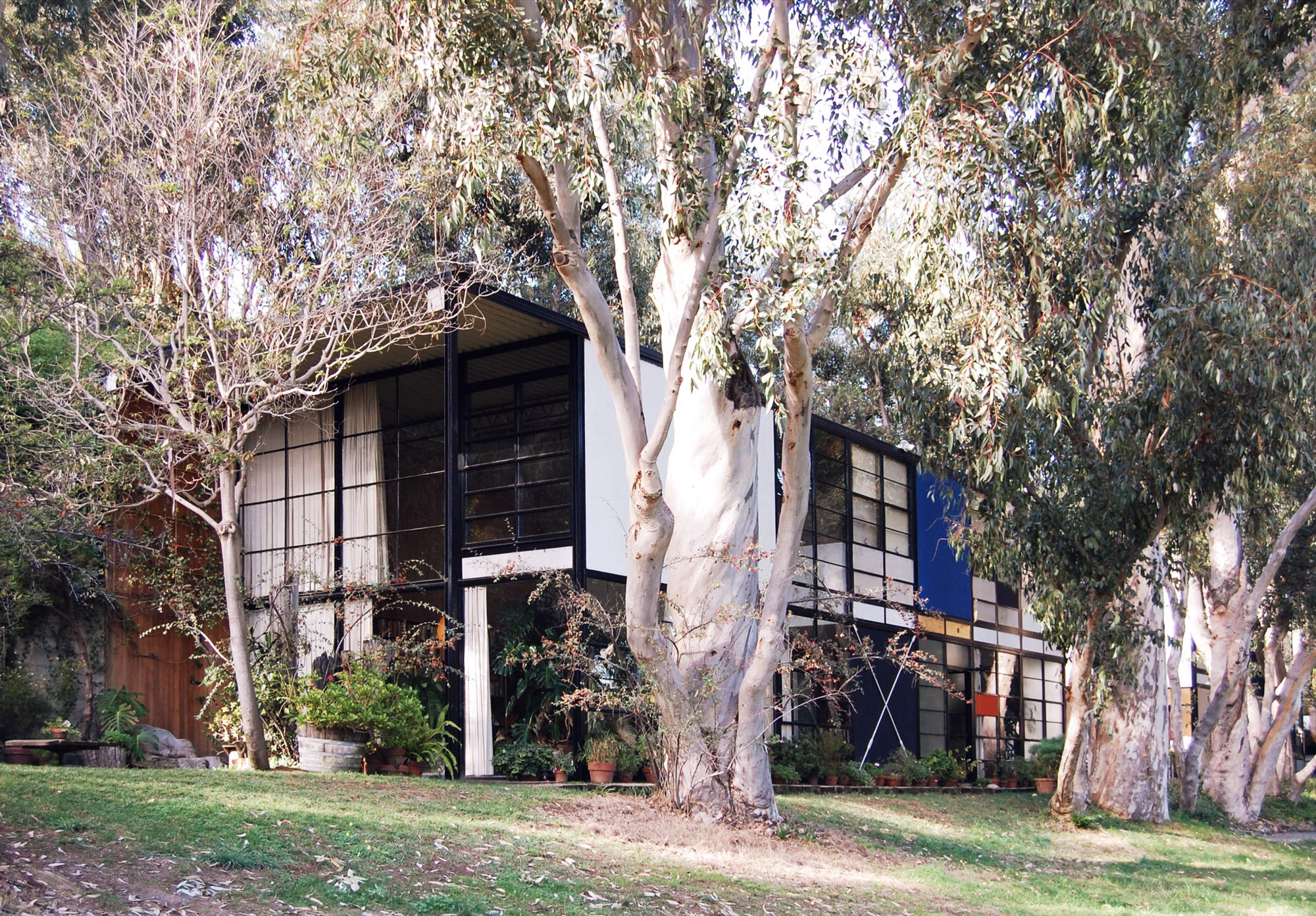 urbanbacklog-acanthus-los-angeles-eames-house-4.jpg