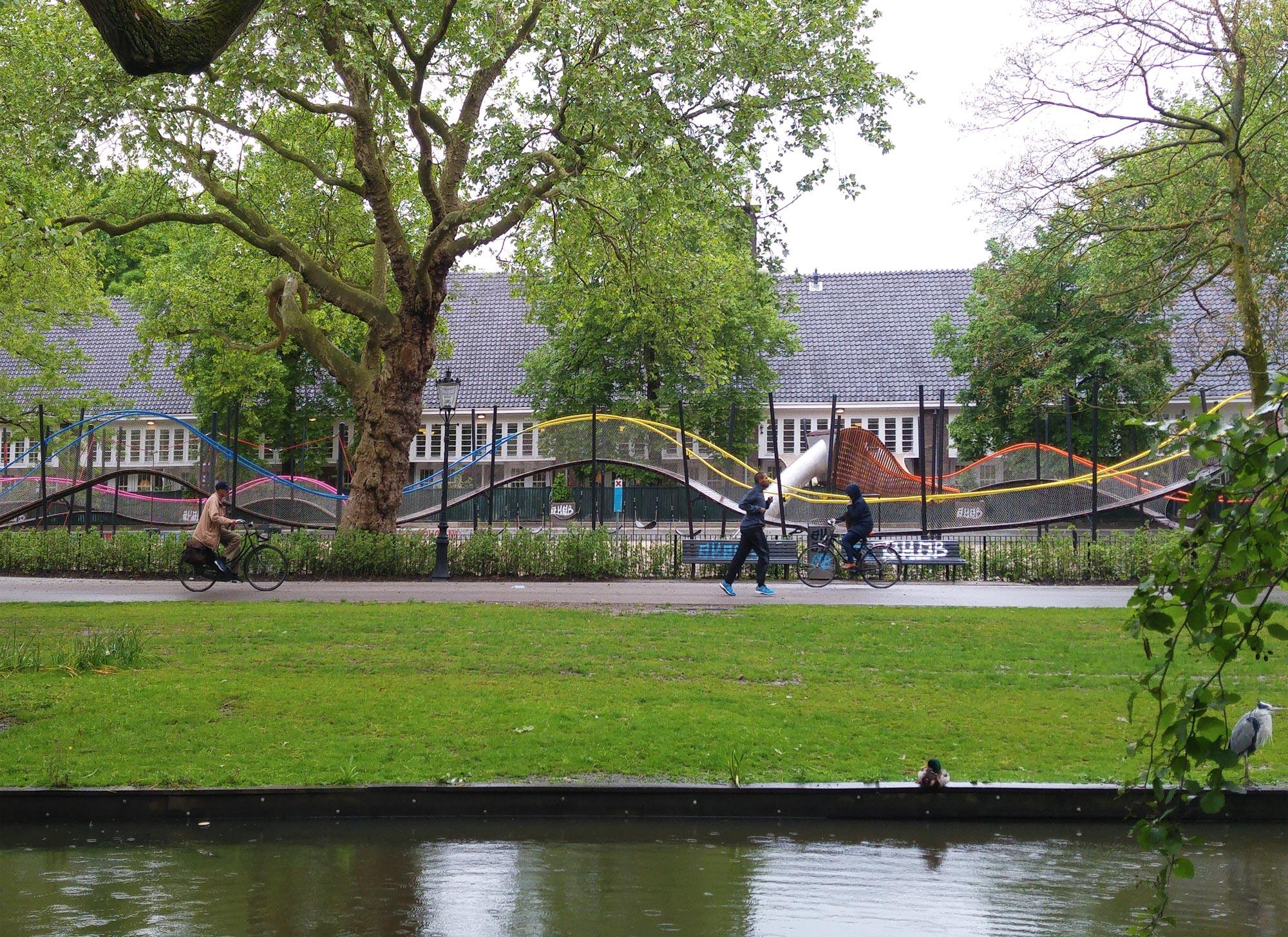 urbanbacklog-amsterdam-oosterpark-play-garland-1.jpg