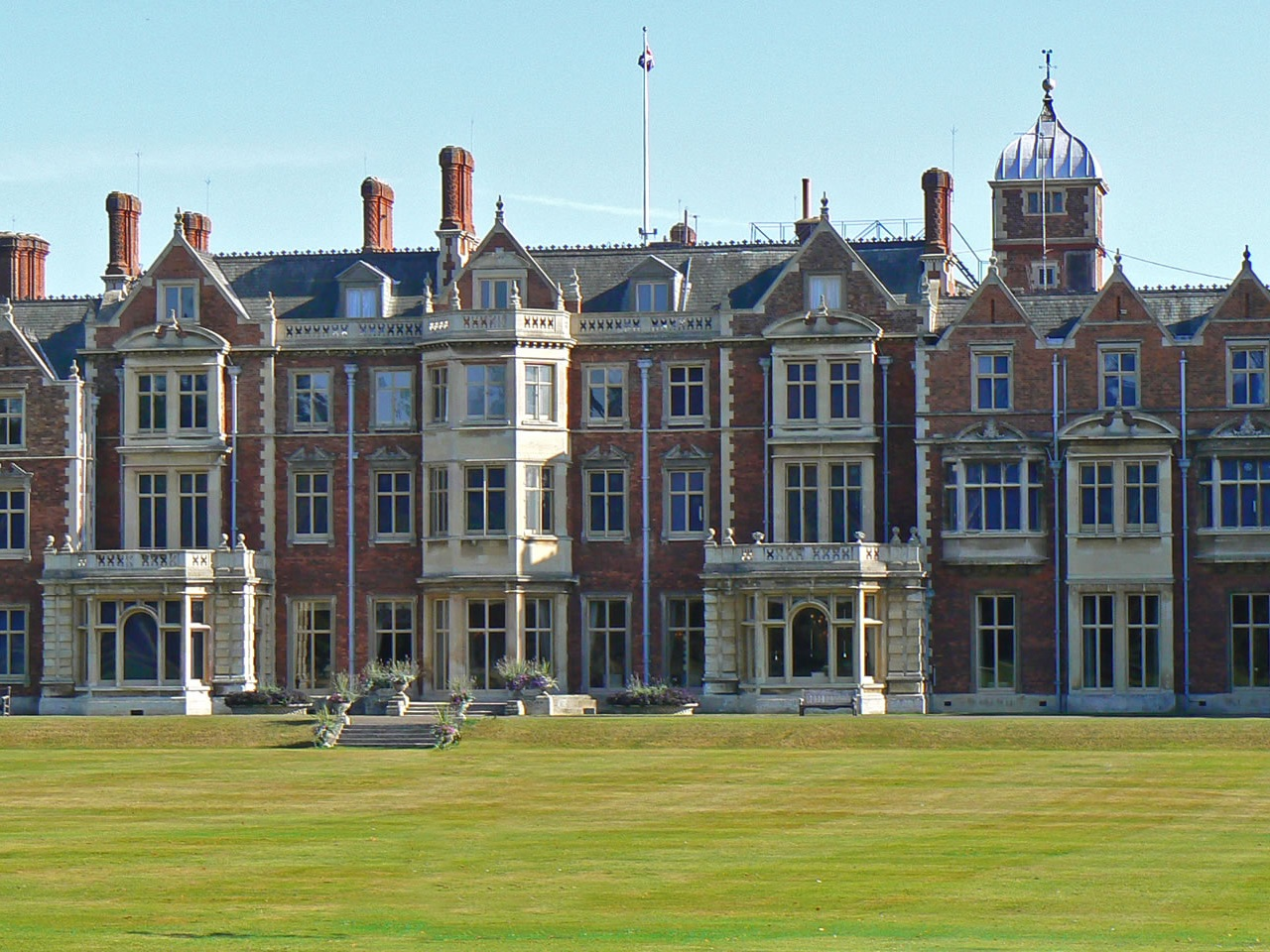 Sandringham House  (30 Miles)