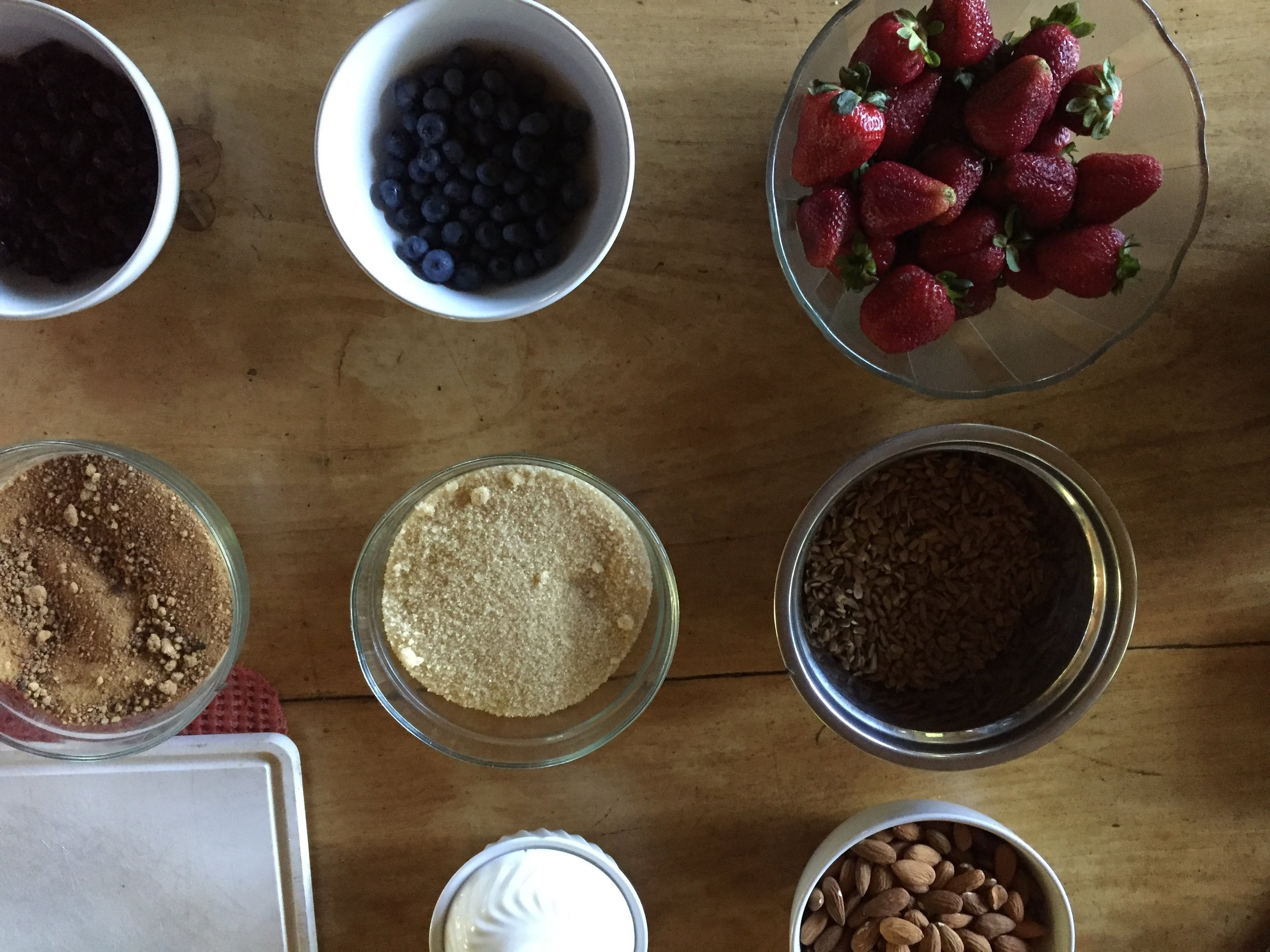 The base ingredients for our vegan strawberry cheesecake