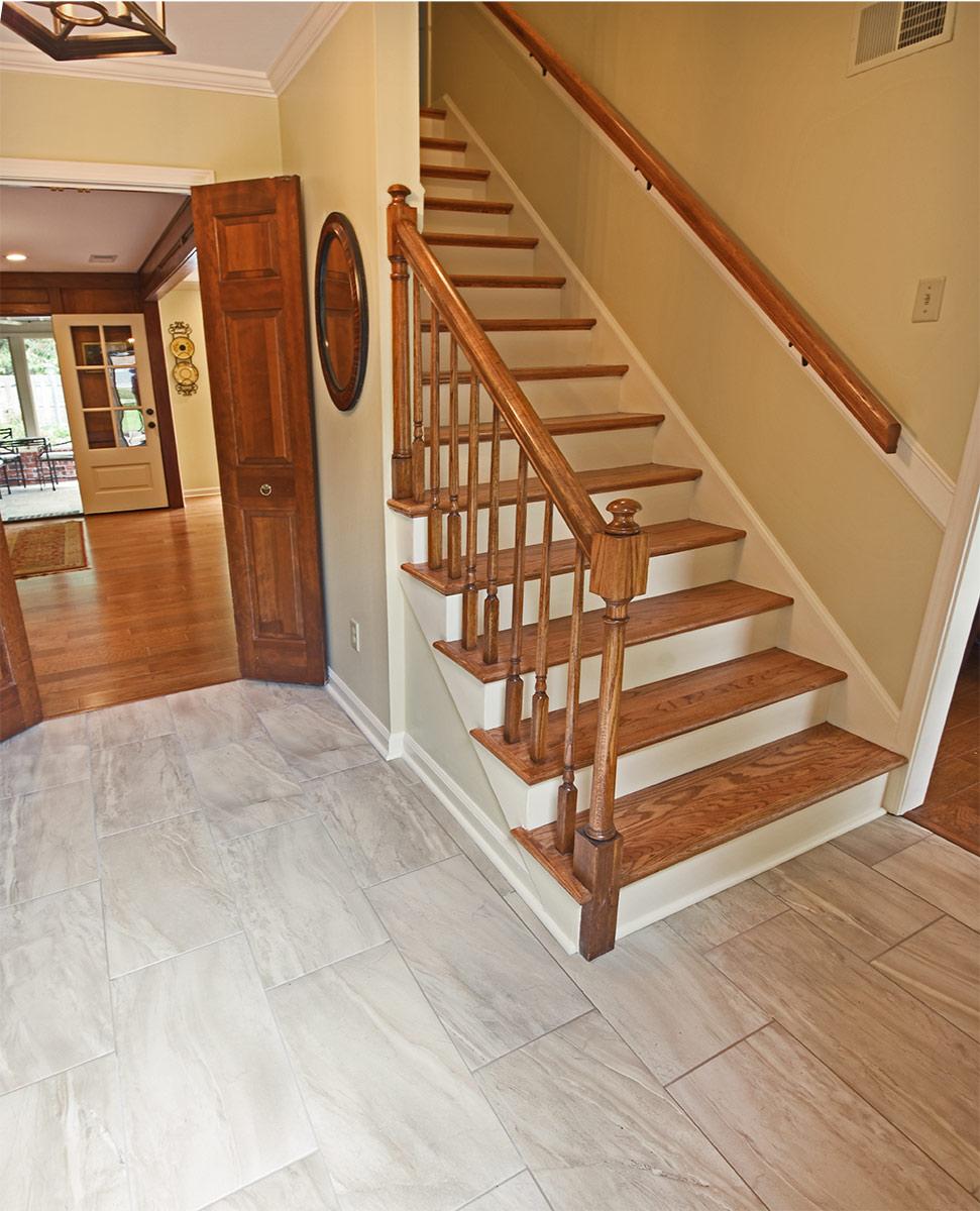 8544sycamoretrail_stairway.jpg