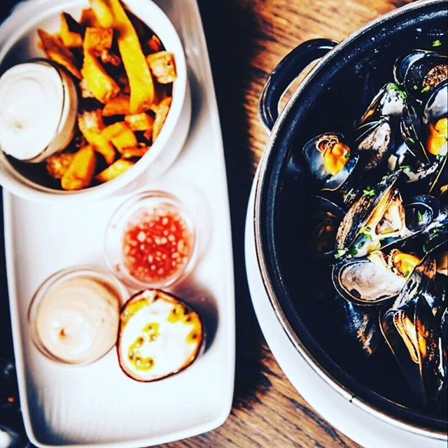 This week's Catch. Classic Moules frites!  Did you know we won the 1st price for the best mussels of Amsterdam in the past?