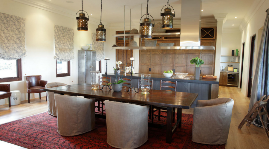 Clevedon dining 900 x 500.png