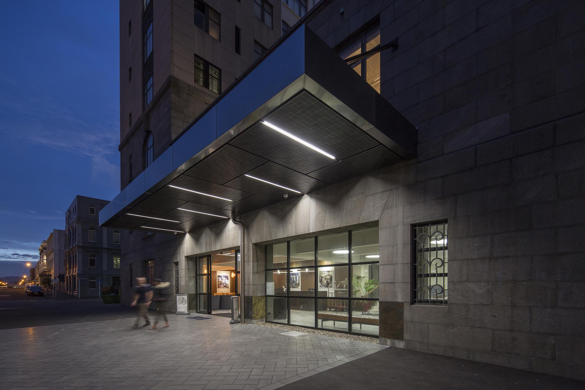 Distinction Dunedin external entranceway