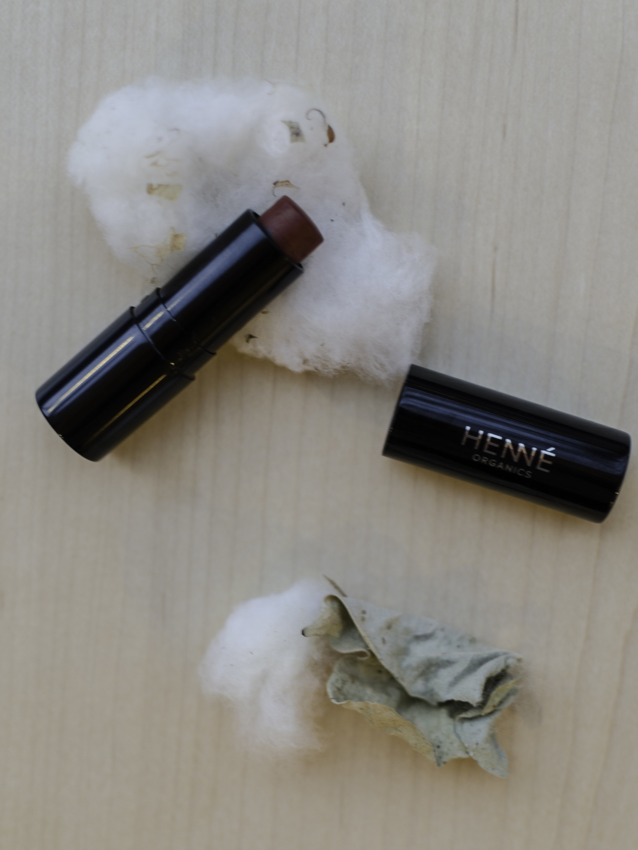 Henne OrganicsLuxury Lip Tints - These are the easiest gift for any female friends. They are all natural, super hydrating, and buildable color. It would be a sweet gift for a younger cousin all the way up to an older friend.