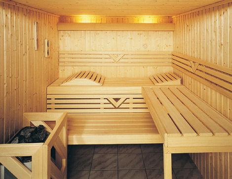 finnleo-custom-dry-sauna-grande-interior.jpg
