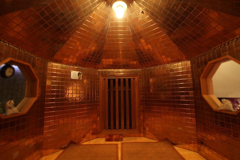 gold-sauna.jpg