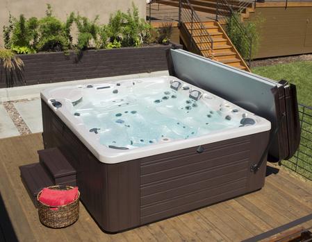 hot-tub-worth-crop-600x465-79b4c-thumb-449x349.jpg