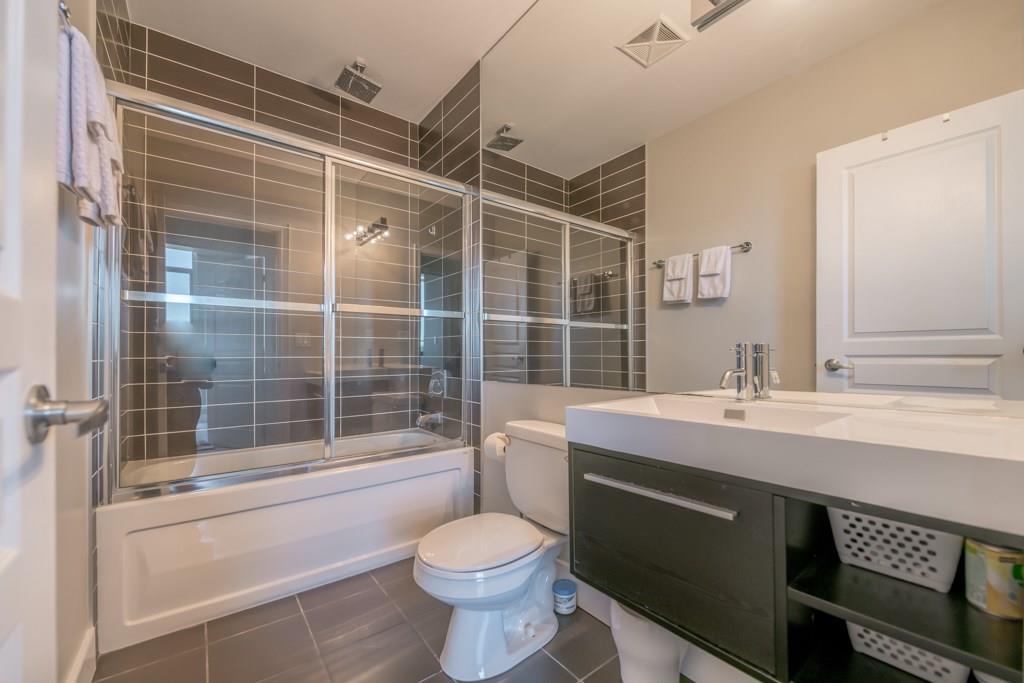 18. Bathroom #1.jpeg