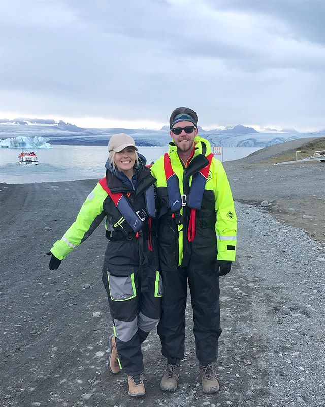 "Epic one year anniversary trip @annaswnski! All of it was awesome but navigating the waters of the #Jökulsárlón #glacier #lagoon was too ""cool"". 🥶🚤🇮🇸💙 #Iceland #boattour #seals #highlight"