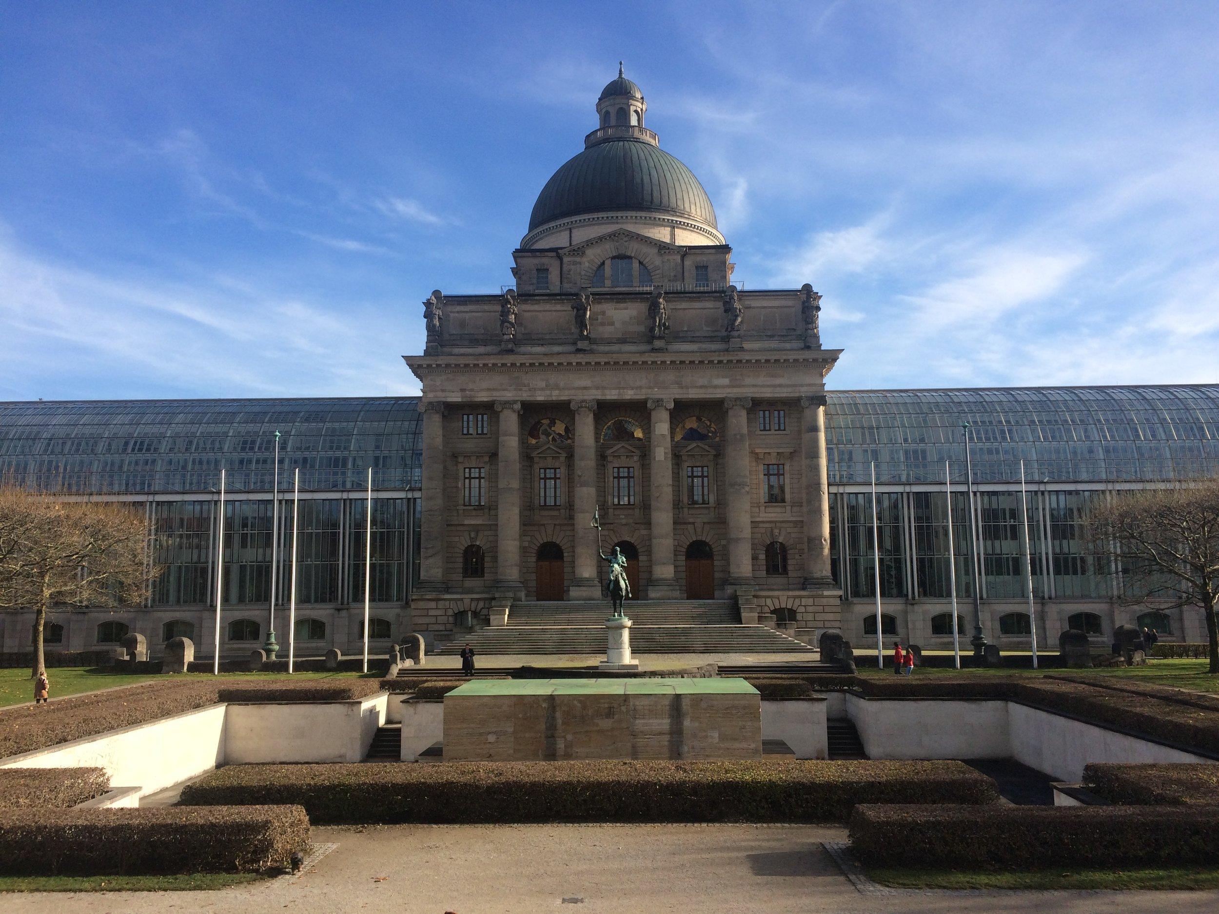 Palácio do Governo- Munique; Alemanha; por Patricia Vasconcellos