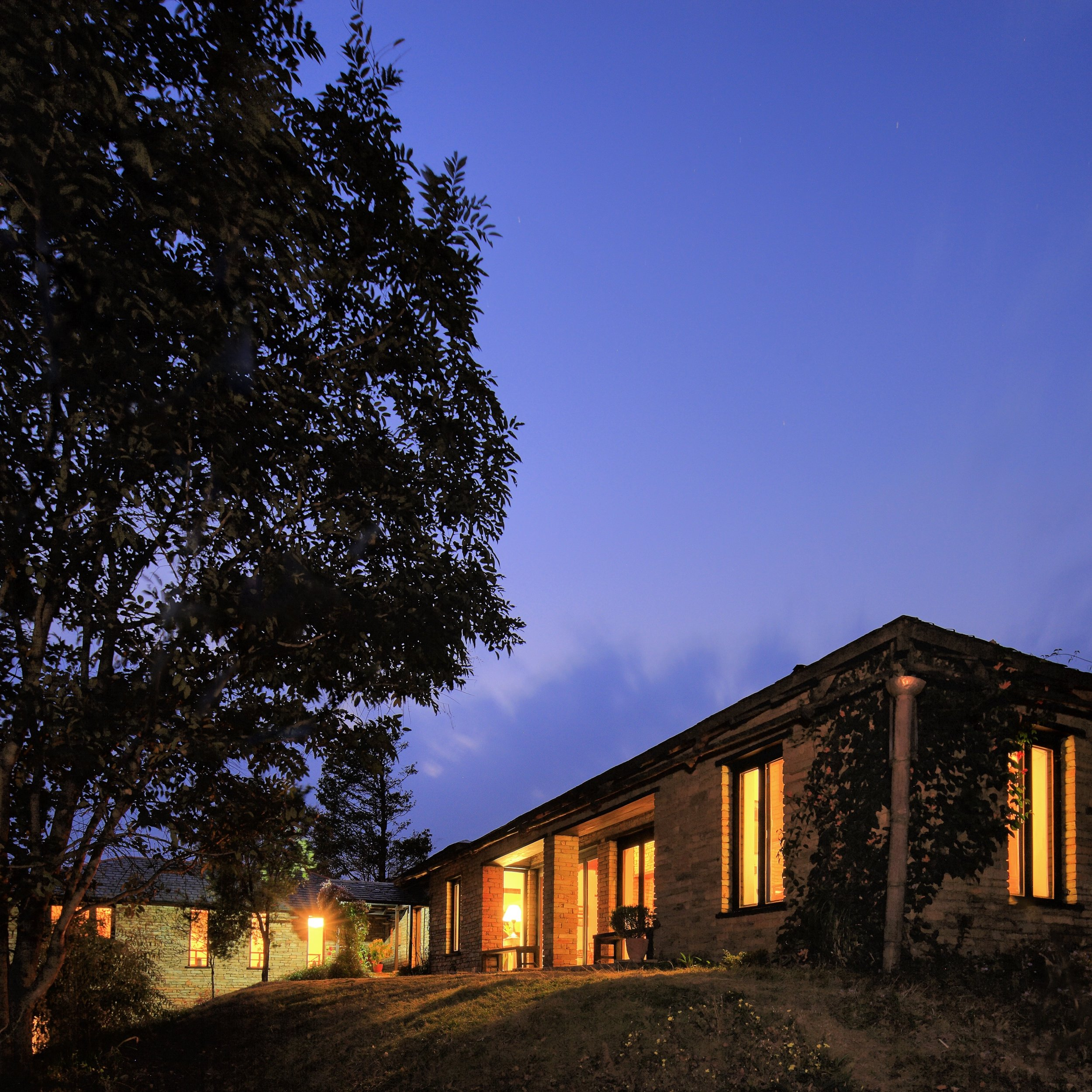 Lodge Exterior - Main Building by night Rajbansh.jpg