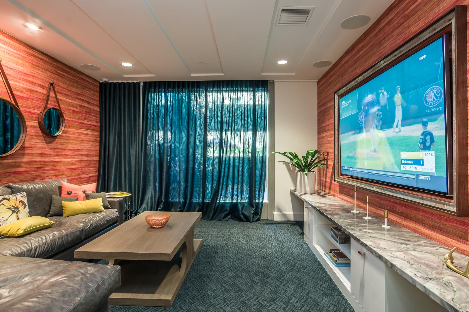 modern luxury condos in laguna nigel at Broadstone cavora with Private lounge with All audio video Installed by silver Starsound and electric