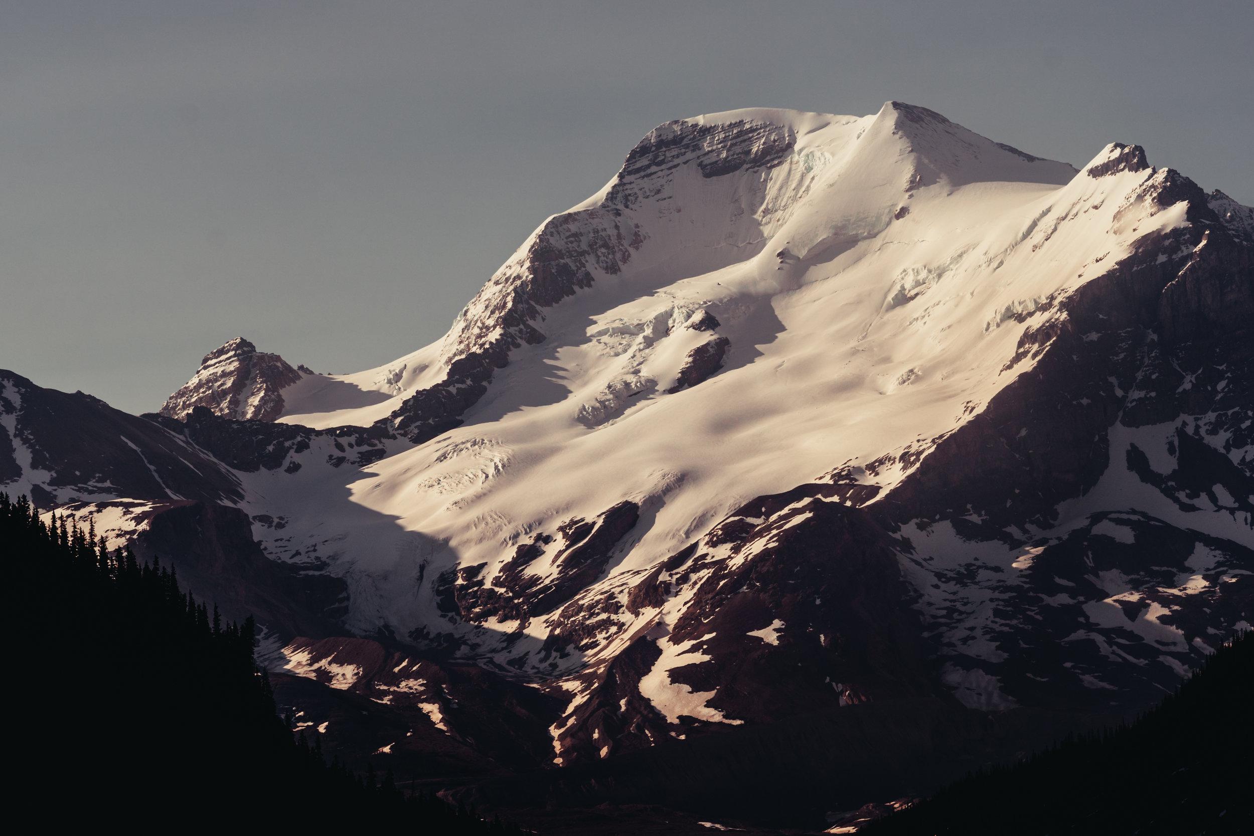 9_Banff-alberta-trip_Joseph-Barber-Studios_00763.jpg