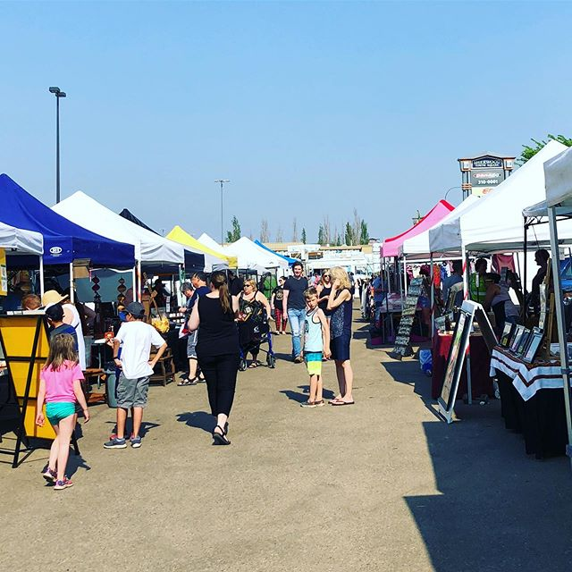 We are open! Join us every Wednesday, 4-8pm in the Home Depot parking lot. #sherwoodpark  ____ There is something for everyone here! Fruits and veggies, baking, sweets, seafood, dog treats, meats, food trucks, jewelry, plants, snacks, ethnic food and MUCH more! . . . . . . . . . #shpk #shpkfood #sherwoodparkmoms #shpkfitness #strathconacounty #fortsask #yeg #edmontonalberta