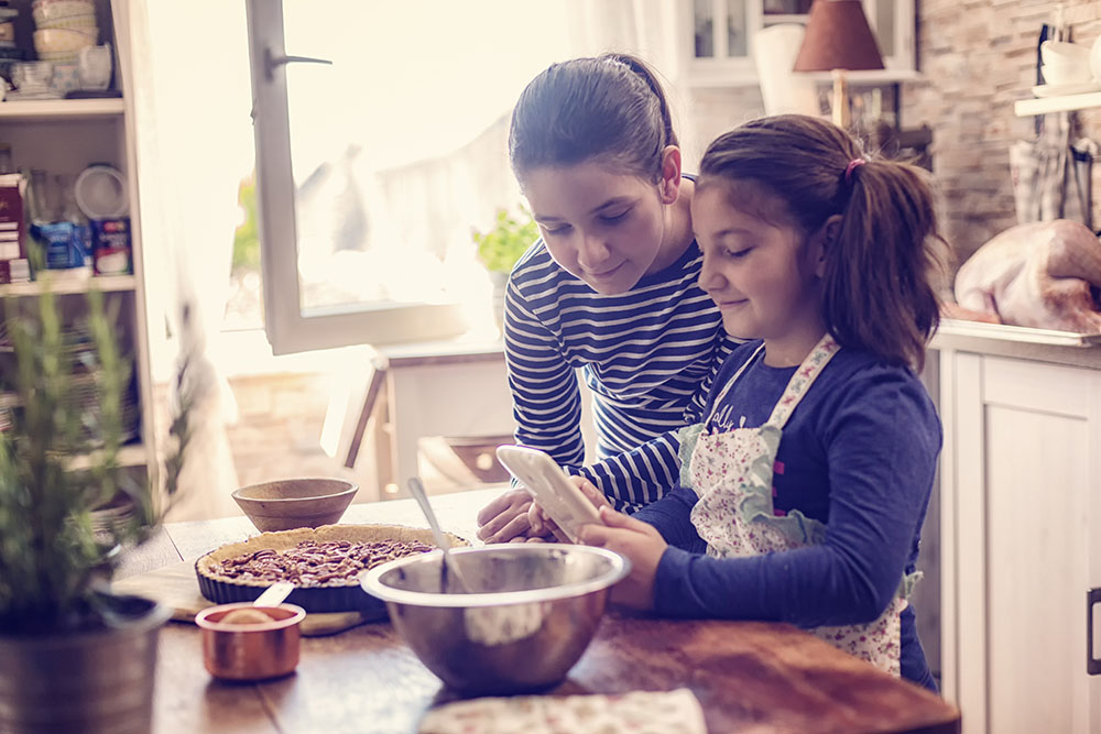 Easy delicious Gluten-Free cookbooks feature recipes so easy that even older children can cook them