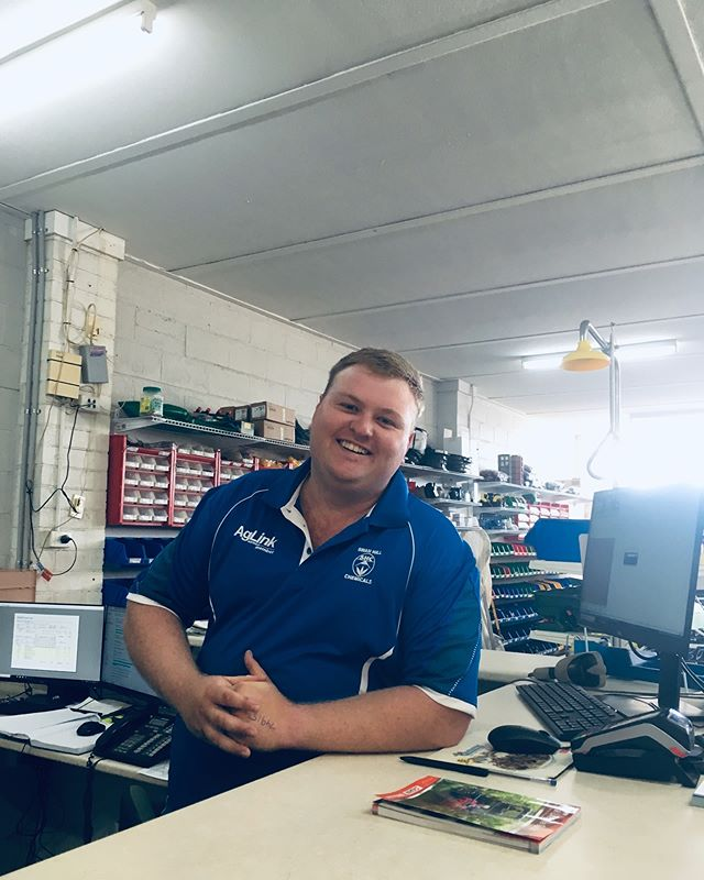Meet Marcus!! 👨🏼‍🌾 Our newest retail team member Marcus grew up on a cropping farm at Ultima!! He's been living over towards Wagga for the last 5 years working in Agriculture! Be sure to make in feel welcome when you next call into our Swan Hill Store!! #aussieag #newstaff #retailteam #agriculture #shc #swanhill #mallee @aglink_australia