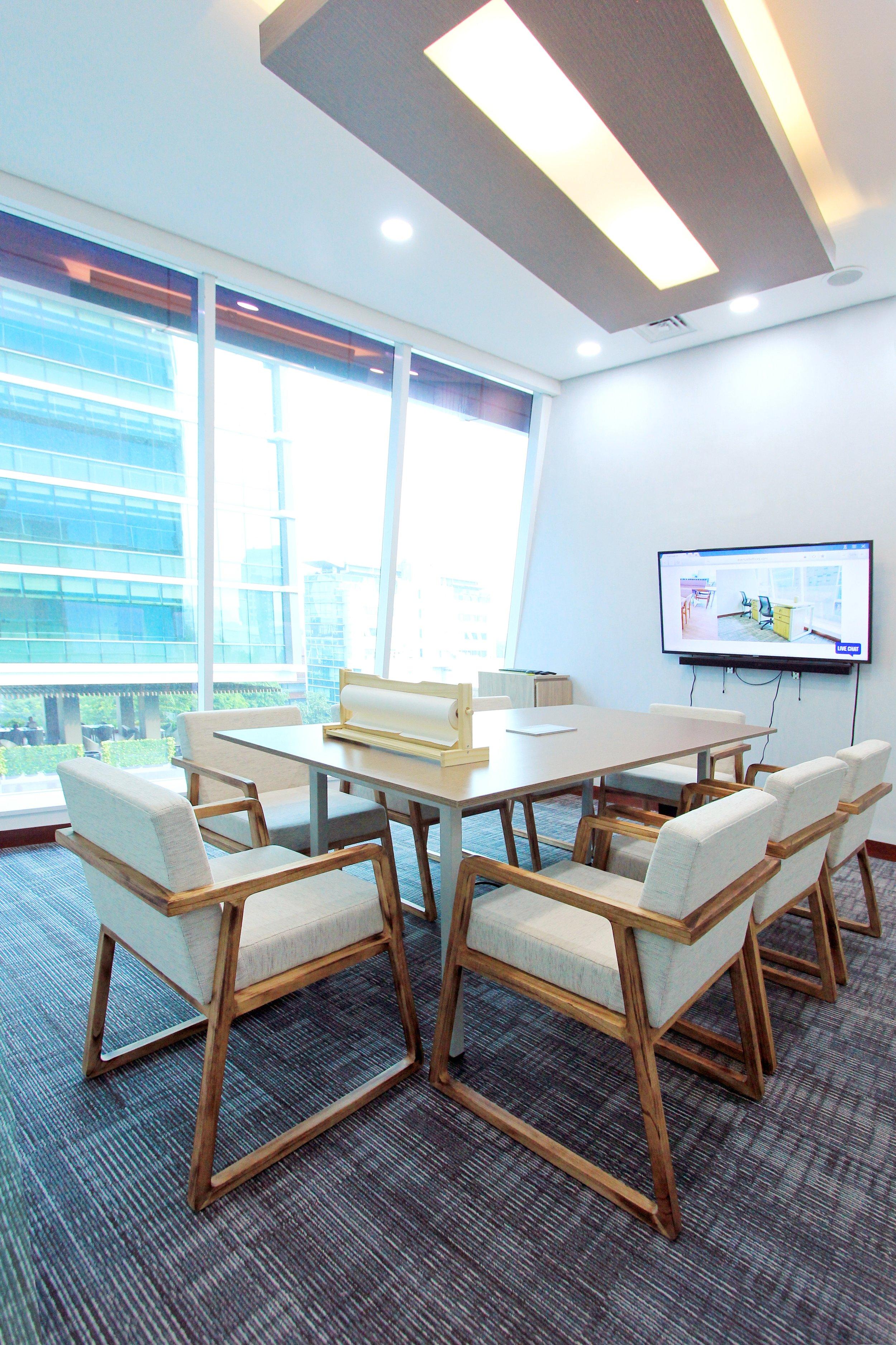 Meeting Room di Avenue8, Jakarta Pusat