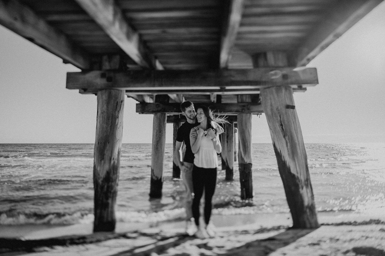 Beach_Portraits_Melbourne_Hannah_Jordan_017_185A6360.jpg