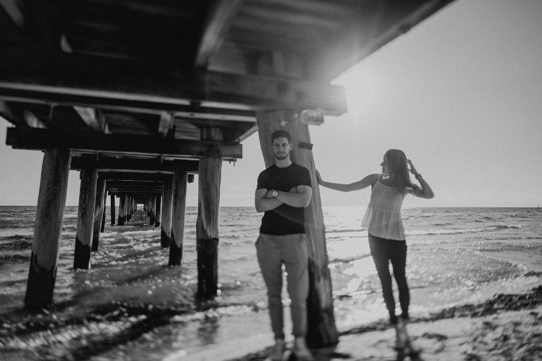 Beach_Portraits_Melbourne_Hannah_Jordan_021_185A6400.jpg