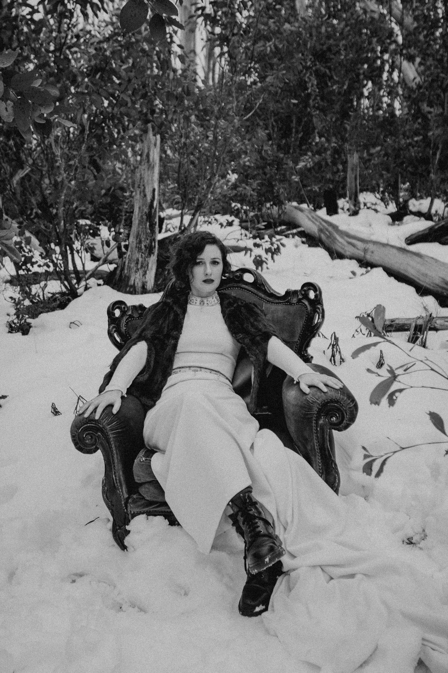 Winter_Elopement_Amie_Nick_Anna_Taylor_184-766A1833.jpg