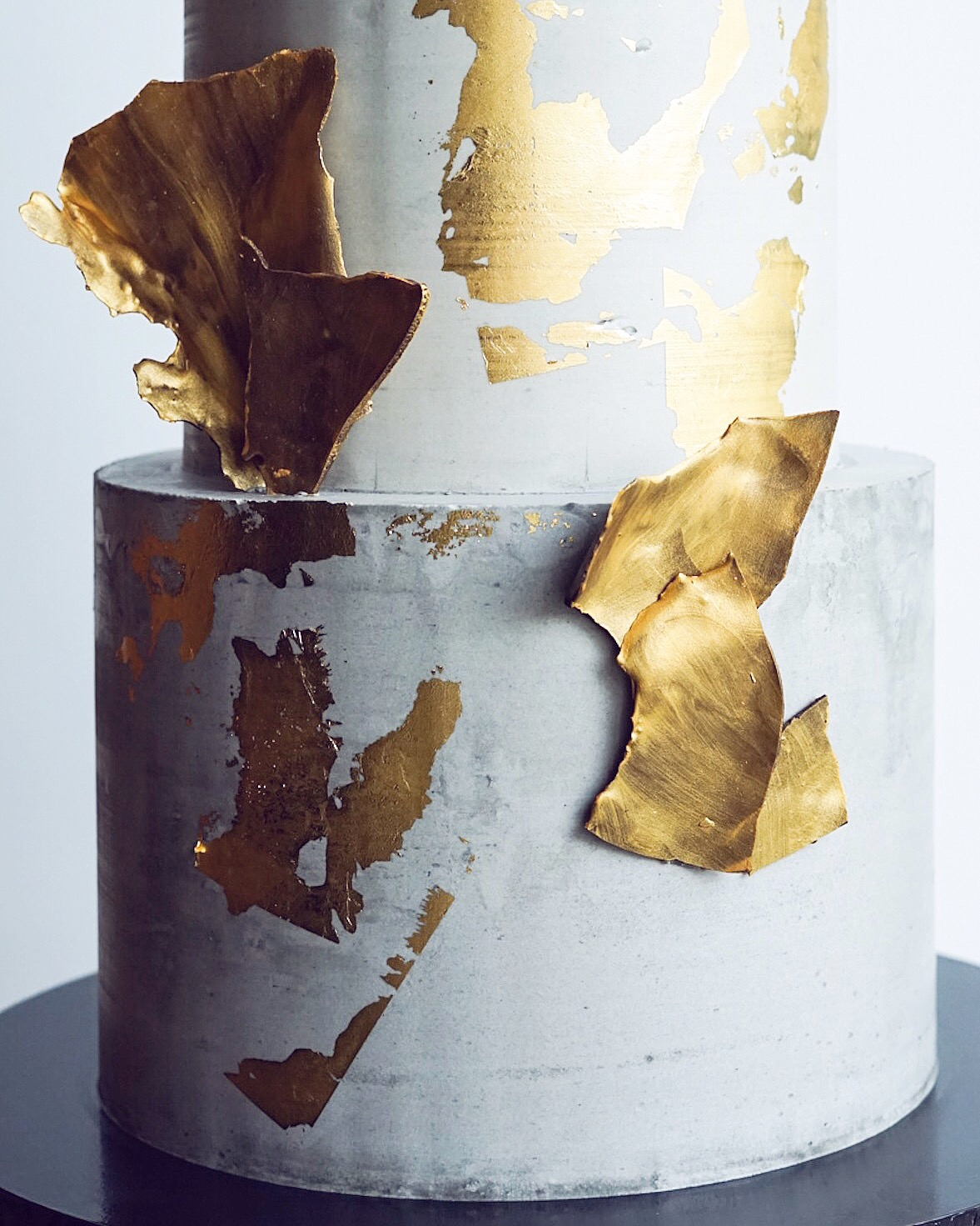 Concrete wedding cake with gold