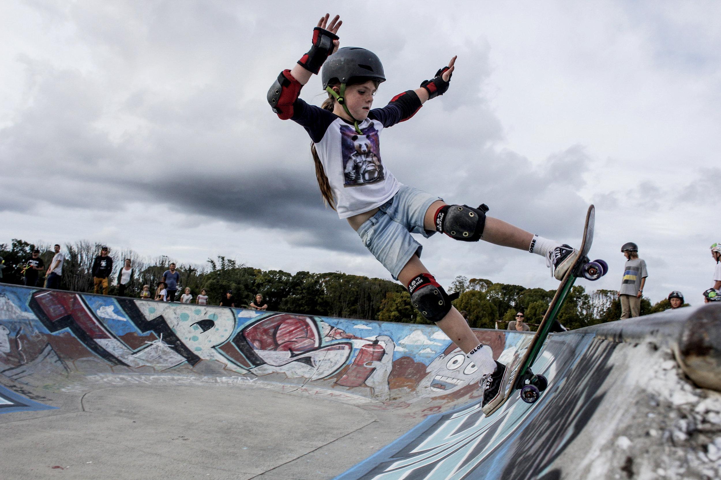 skate_fb16.jpg