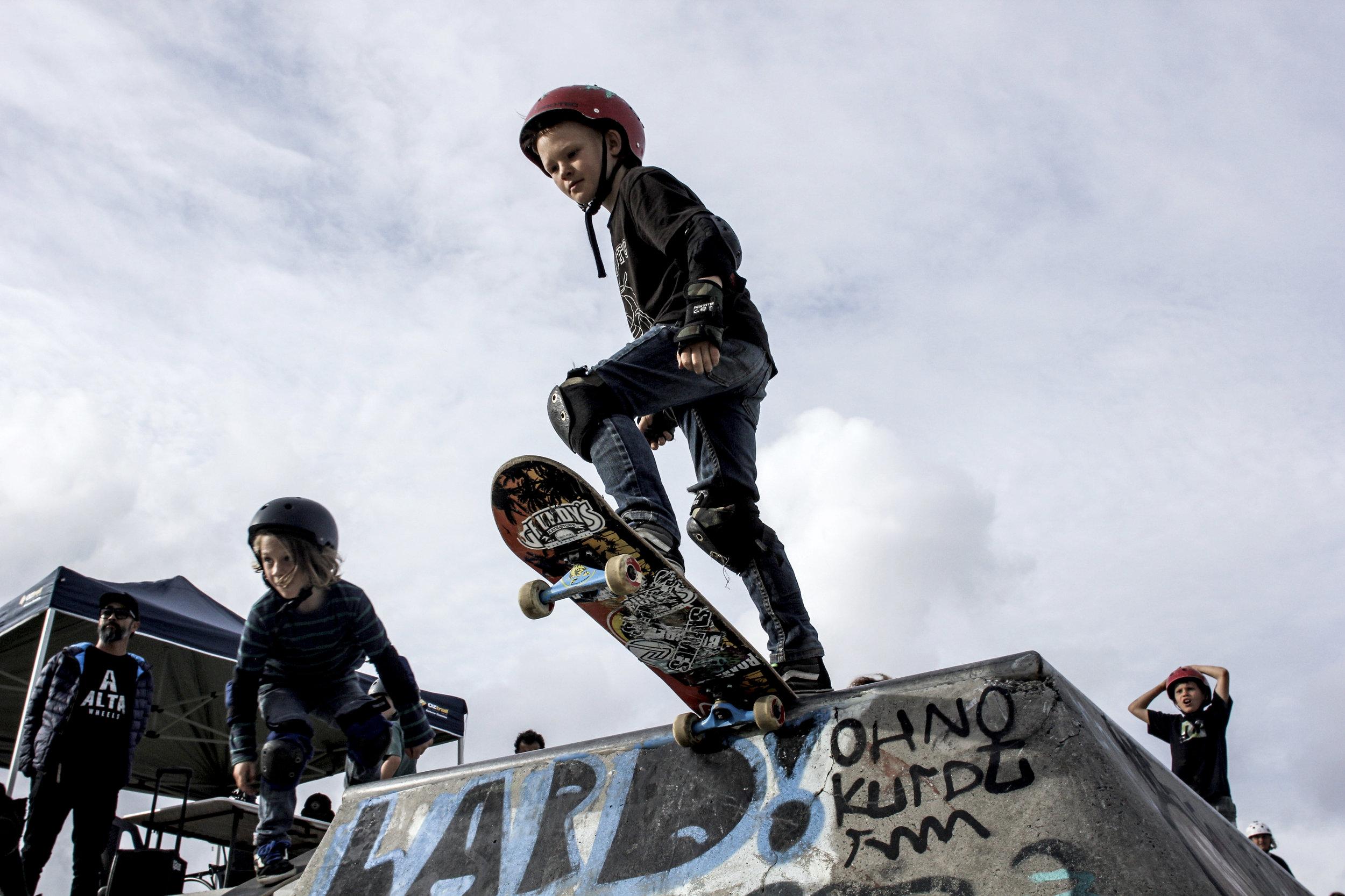 skate_fb19.jpg