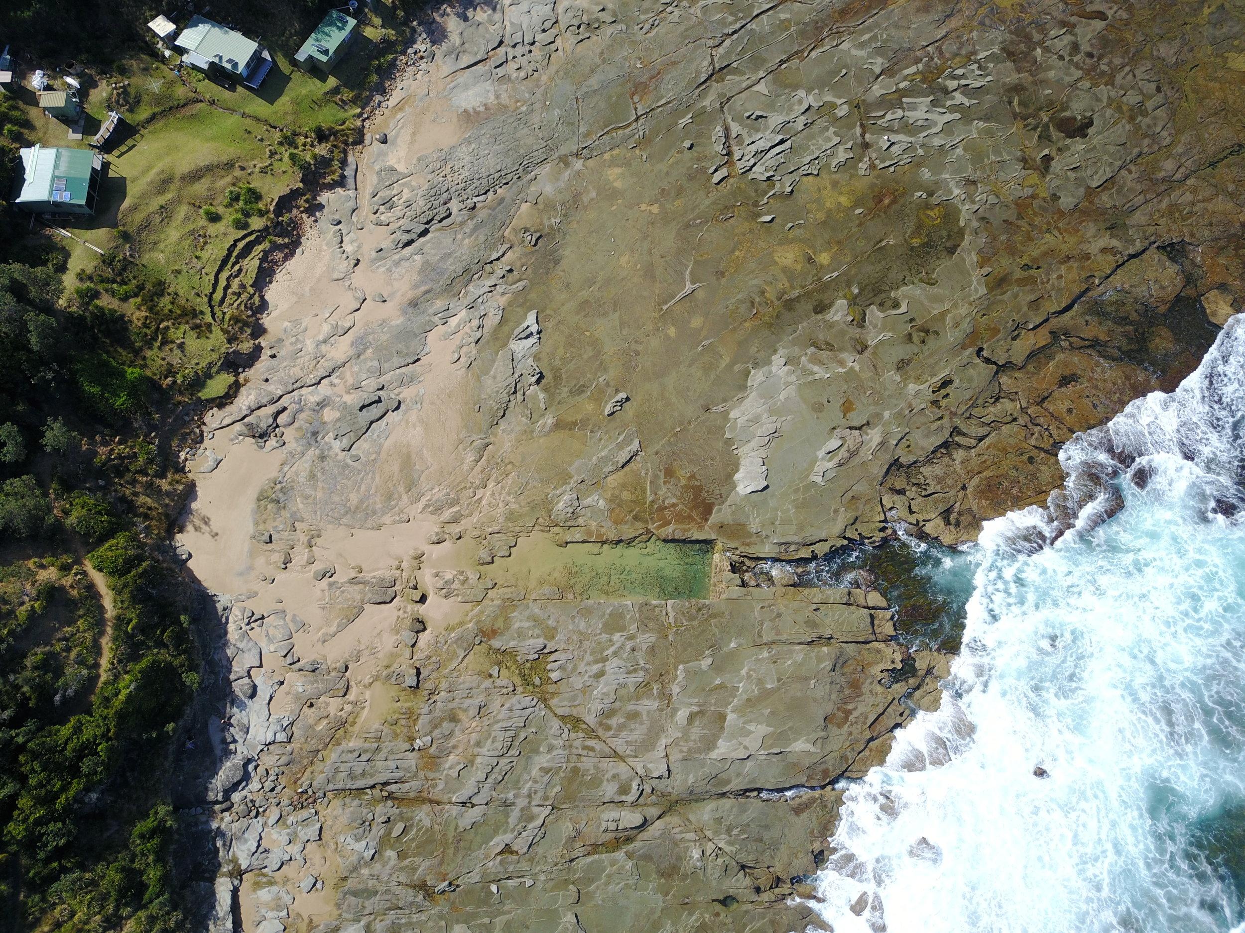 BULGO - BULGO BEACH pool, nsw