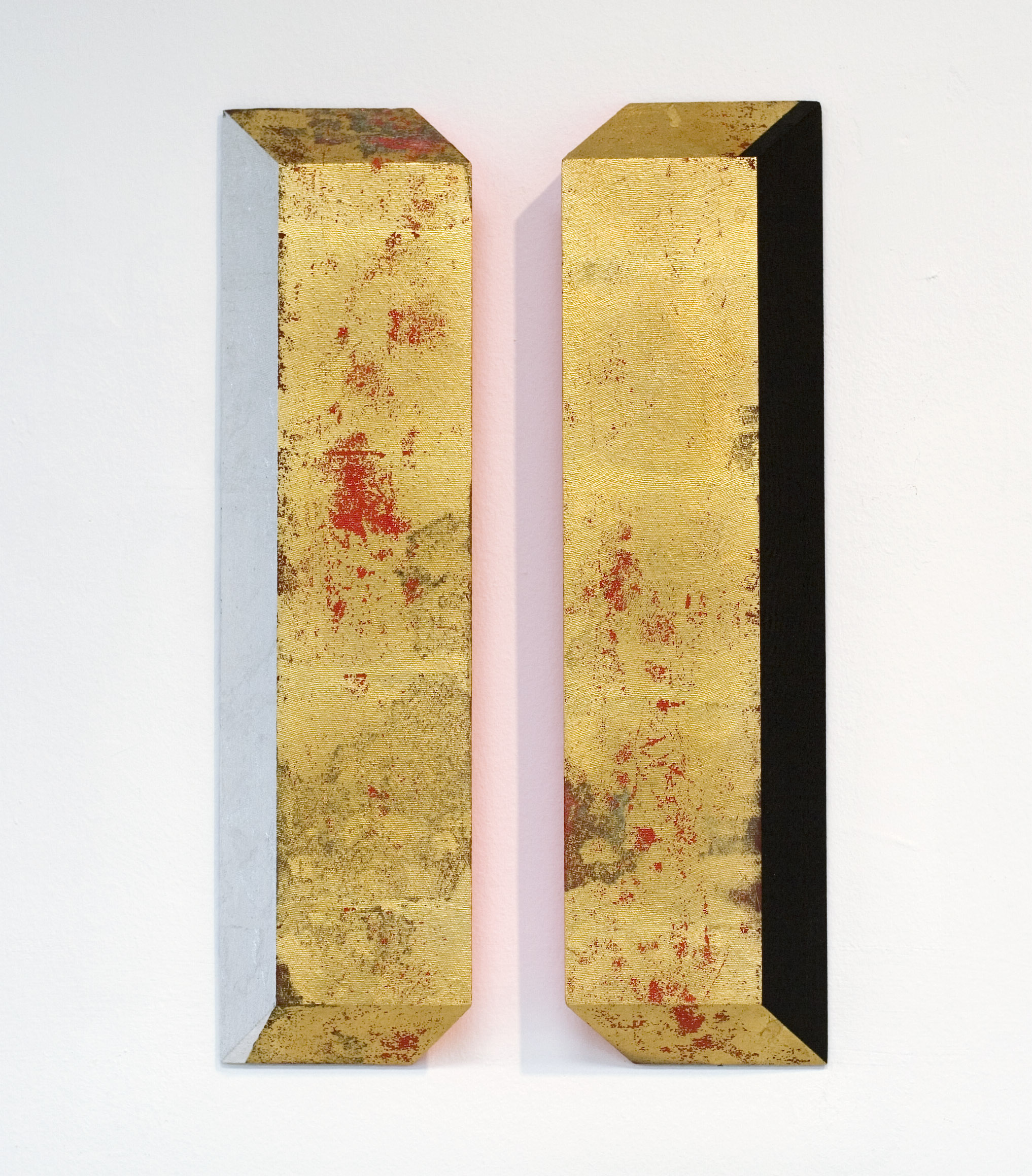 akril, medenina, aluminij, les, 20 x 70 cm, 2002