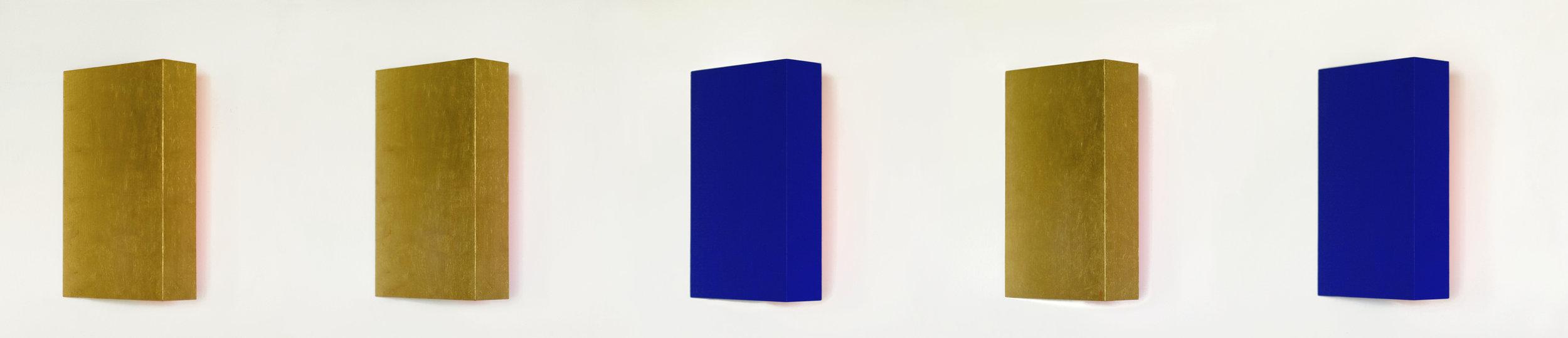 akril, pozlata, les, petkrat 40 x 250 cm, 2002