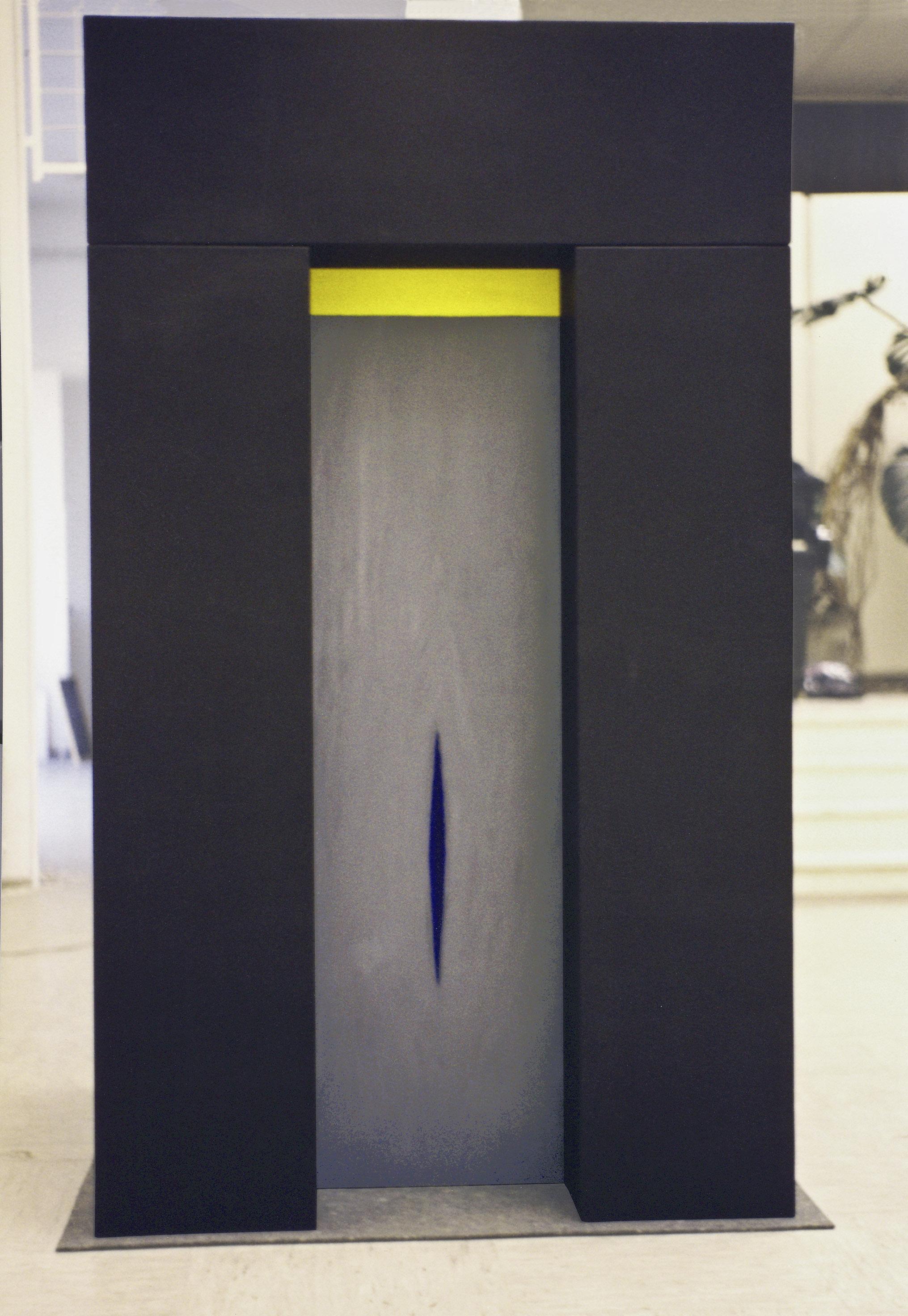 akril, les, 145 x145 x 245 cm, 1989