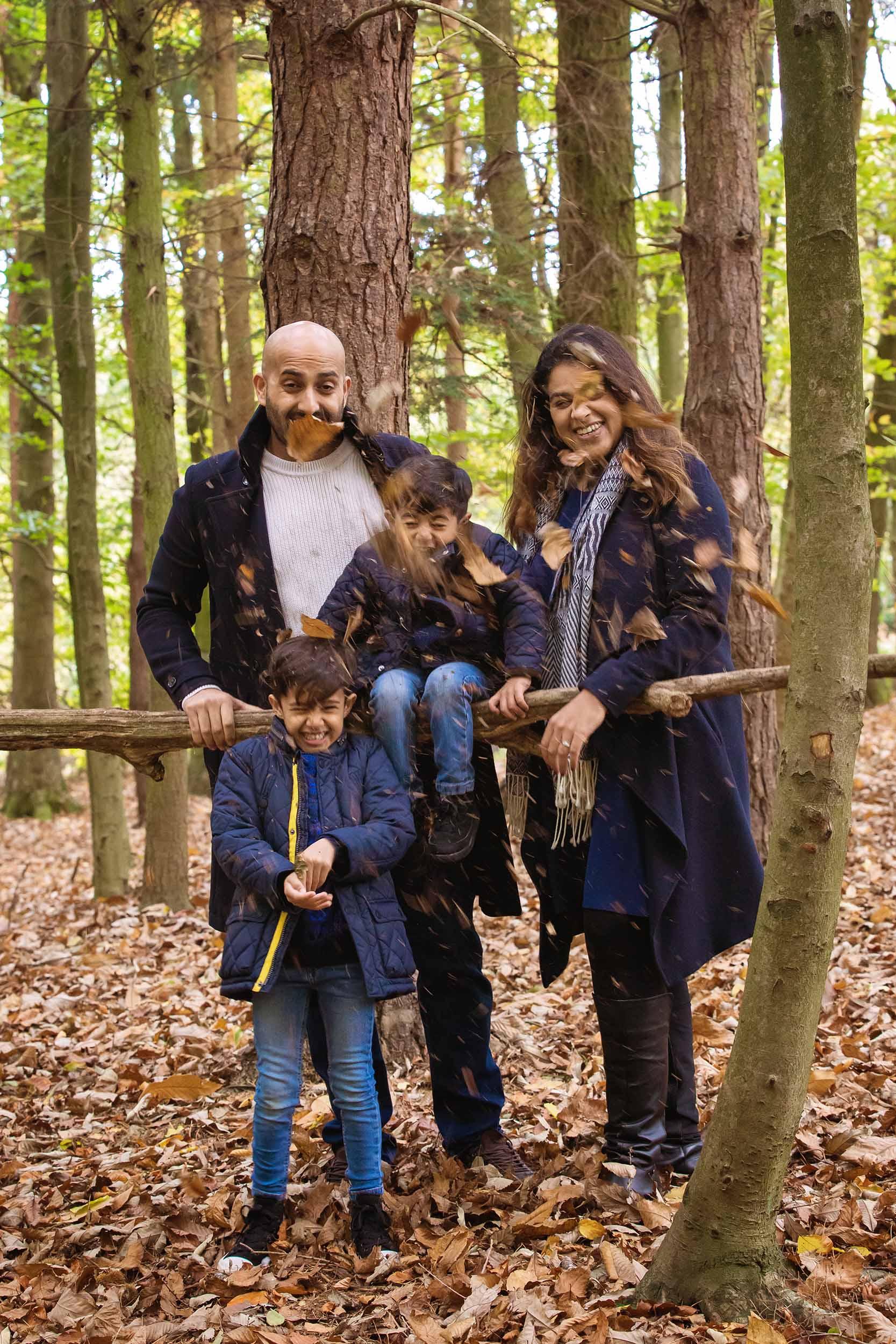 Outdoor Family Portrait Beacon Hill Loughborough 9.jpg
