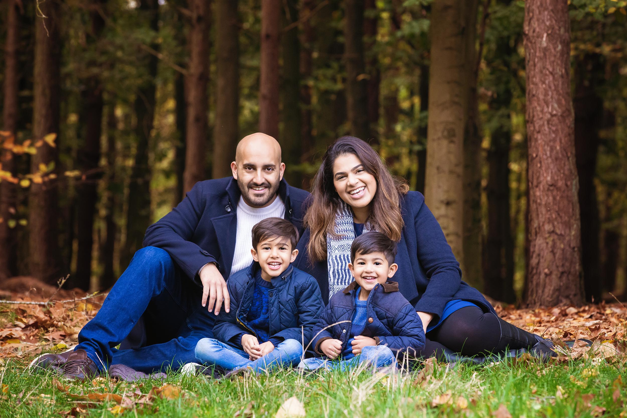 Outdoor Family Portrait Beacon Hill Loughborough 11.jpg