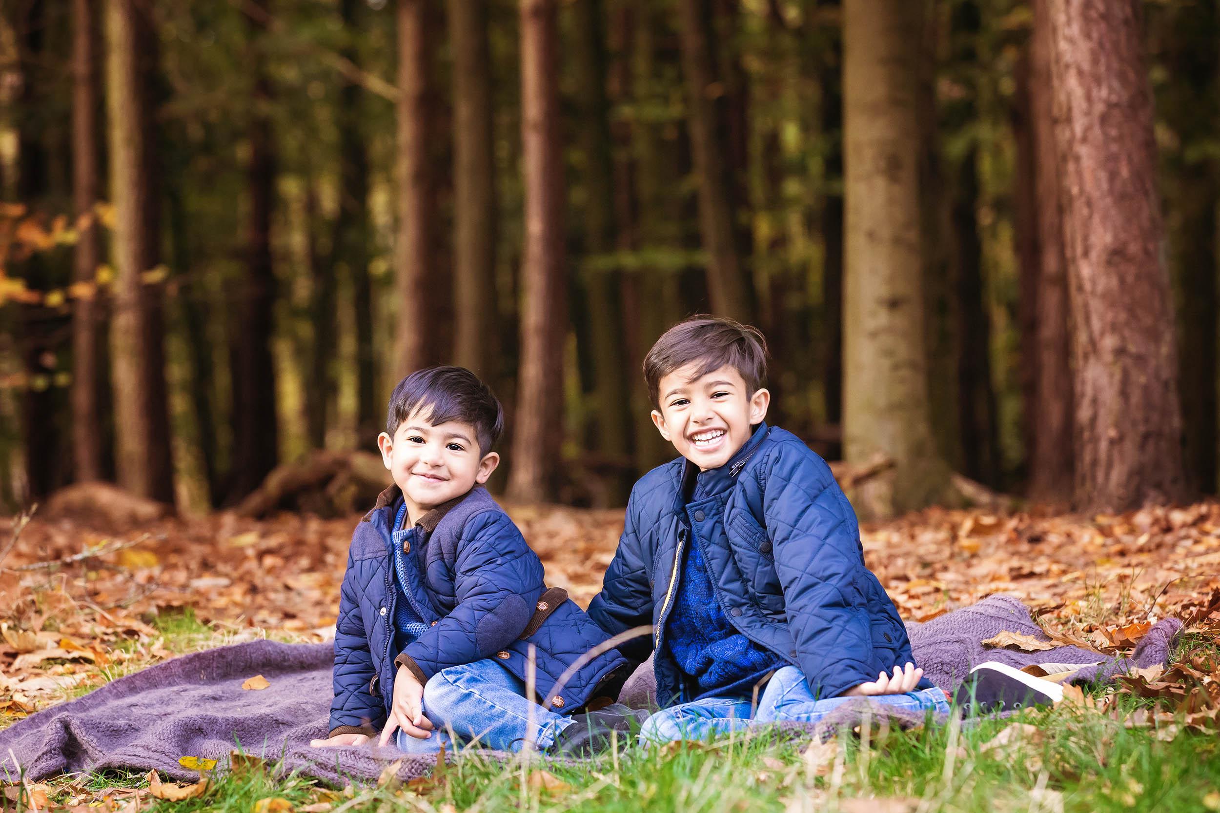 Outdoor Family Portrait Beacon Hill Loughborough 14.jpg