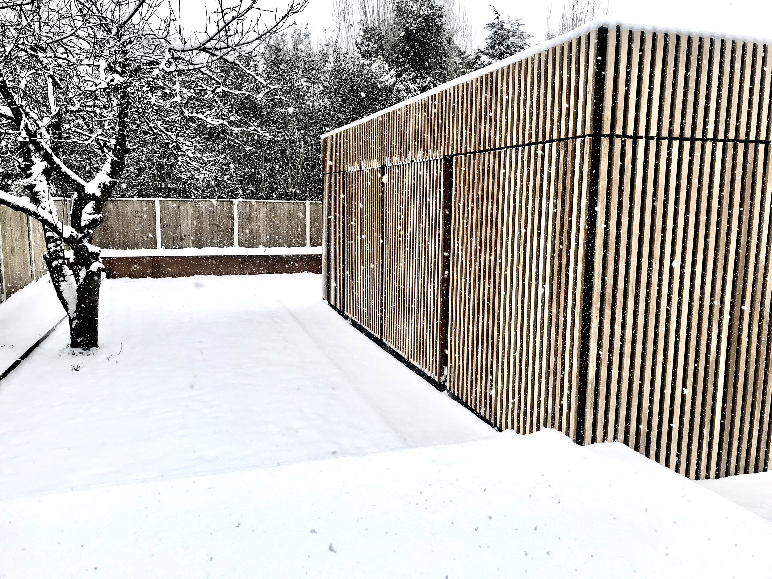 Our Architect's Studio is nearing completion and we will soon be able to share the finished results with everyone. The strong lines of white oak cladding and corten planters create a dramatic scene in the garden, cutting through the snow with ease. Next week our carpenter joiner is fitting the birch ply bookcase and storage units with integrated intelligent lighting. The natural wood and glass material palate will compliment the polished concrete heated floors - ideal for this beautiful but brisk weather!
