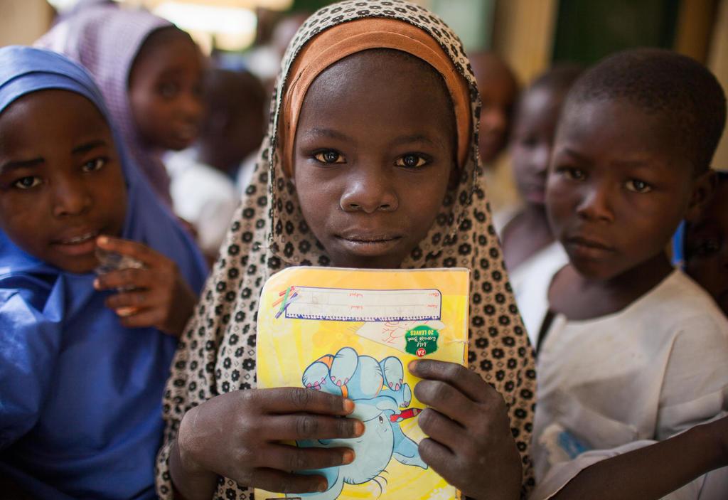 Mädchen in einem Klassenzimmer in Maiduguri, Nigeria. Quelle: Kellie Ryan/IRC