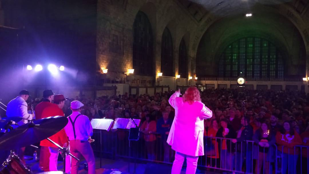 Those Idiots rock the Dyngus Day crowd in the historic Central Terminal