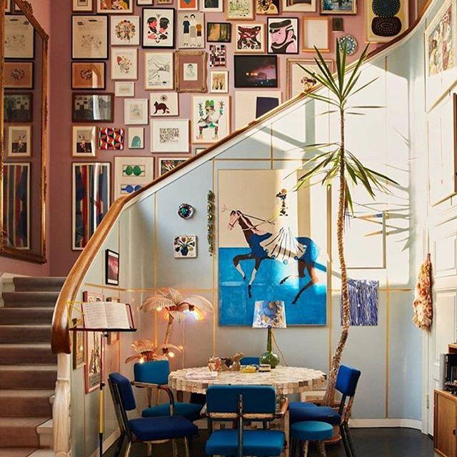 Love this incredible art filled staircase in the Copenhagen home of @hollygolightlydk founder, Barbara Maj Husted Werner @bibimaj #art #gallerywall #artsourcing #contemporaryart #interiors #interiordecor via @thenordroom