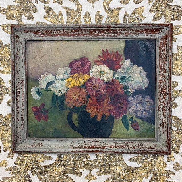 One of several beautiful new pieces just added to the website #newstock #art #gallerywall #interiors #floral #lewisandwoodwallpaper