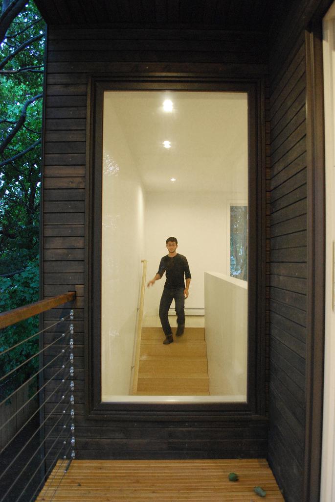 window stair_2.jpg