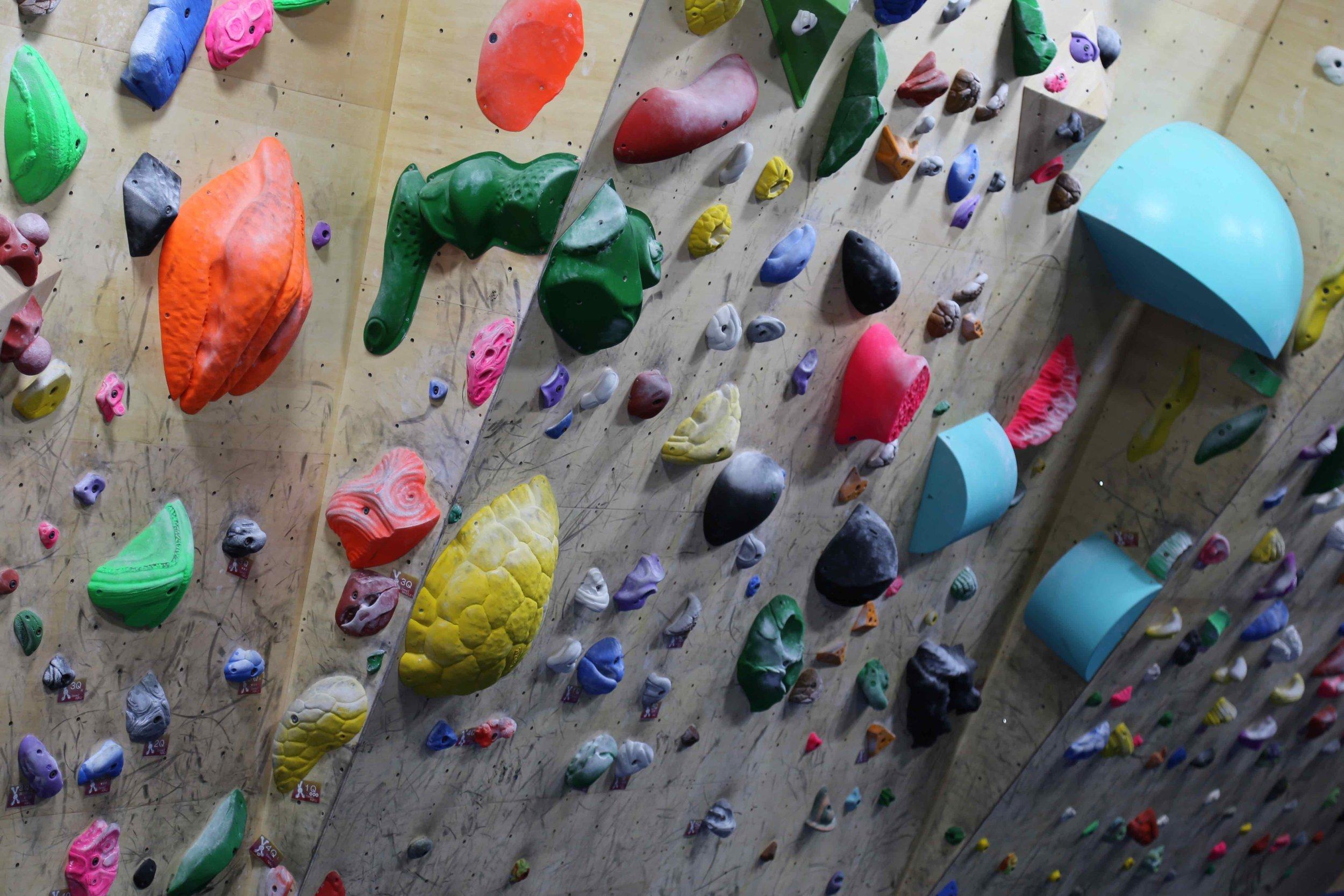bouldering-gym.jpg