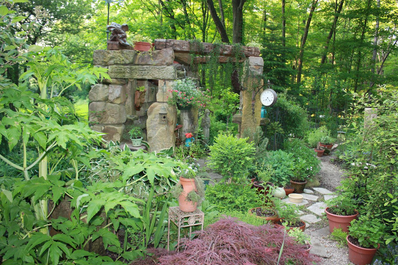 Stone Ruins & Herb Garden